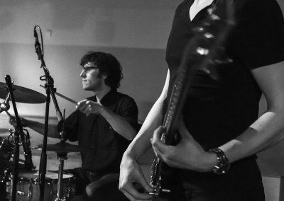 Andy Stuijfzand bij plaatselijke jeugdband